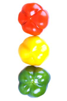 Free Red, Yellow And Green Sweet Peppers Royalty Free Stock Image - 14489726