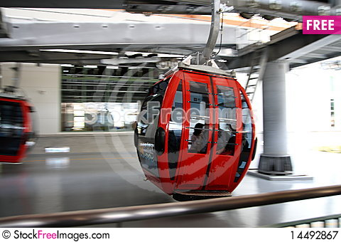 Free Aerial Tramway Royalty Free Stock Photography - 14492867