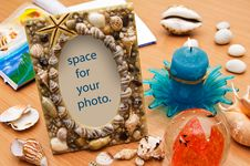 Free Seashell Frame. Vacation Memories. Royalty Free Stock Photography - 14490637