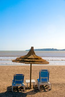 Free Sun Beach Lounger Royalty Free Stock Photo - 14491345