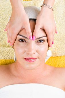 Woman Receiving Head Massage At Spa Royalty Free Stock Photography