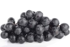 Free Grapes Closeup Isolated Over White Royalty Free Stock Photo - 14495395