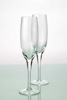 Free Two Champagne Flutes Royalty Free Stock Photography - 14496697