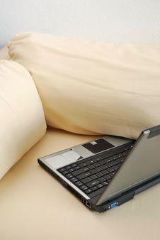 Free Laptop On Sofa Royalty Free Stock Photo - 14497875