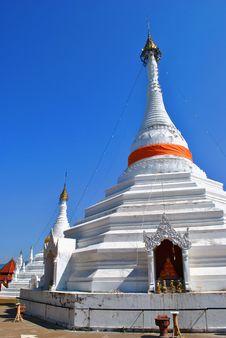 Free Phra Prang Royalty Free Stock Photo - 14497915