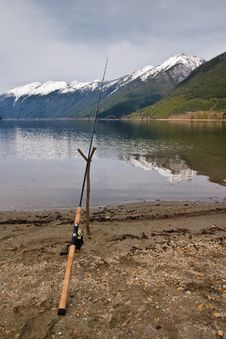 Free Fishing Rod And Lake Stock Photo - 14498010