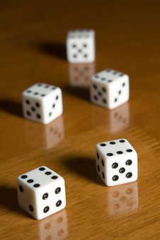 Free Five Dices Royalty Free Stock Photography - 1451627