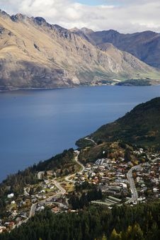 Free Lakefront From Queenstown Royalty Free Stock Images - 1452649
