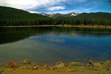 Free Colorado Mountain Lake With Blue Sky Stock Photo - 1453910