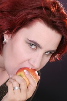 Free Girl Eating Apple Royalty Free Stock Photography - 1454687