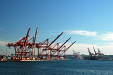 Free Red Ship Cranes Royalty Free Stock Photography - 1456597