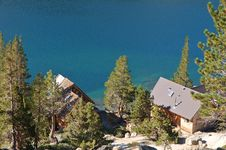 Free Cabin On A Lake Royalty Free Stock Photography - 1459877