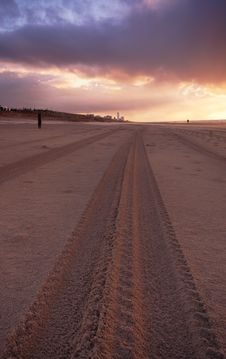 Free Tire Tracks On The Beach Royalty Free Stock Photography - 1459997