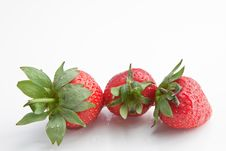 Free Washed Strawberries Stock Photos - 14500703
