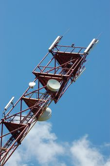 Free Telecommunication Tower Royalty Free Stock Photo - 14502305