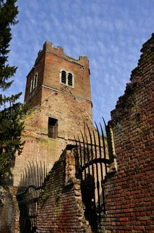 Free Brick Fence Of Old Church Stock Photo - 14504000