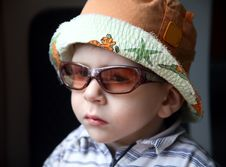 Free Little Boy With Sunglasses And Hat Royalty Free Stock Photo - 14505145