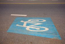 Free Bicycle Lane Royalty Free Stock Image - 14511536