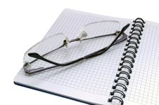 Free Notepad And Glasses Stock Images - 14514964