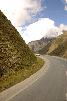 Free Roadtrip In The Mountains Stock Photos - 14516843