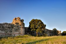Free Ancient Thracian Citadel Royalty Free Stock Photo - 14517735