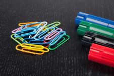 Free Paper Clips And Markers Royalty Free Stock Photography - 14522067