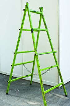 Free Green Ladder Stock Photography - 14522182