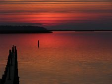 Free Red Sunset Over Water Royalty Free Stock Photos - 14522358