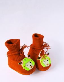 Free Red Baby Shoes Royalty Free Stock Images - 14523539