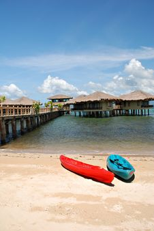 Free Kayaks On A Beach Stock Images - 14524794