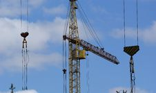 Free Elevating Construction Crane Royalty Free Stock Images - 14525109