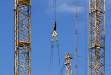 Free Elevating Construction Crane Royalty Free Stock Images - 14525349