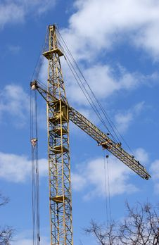 Free Elevating Construction Crane Royalty Free Stock Image - 14525436