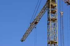 Free Elevating Construction Crane Royalty Free Stock Photo - 14526965