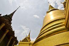 Free Wat Phra Kaew In Bangkok. Royalty Free Stock Photo - 14527315