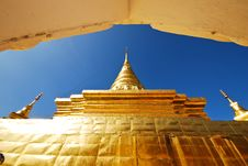 Free Golden Stupa Stock Photography - 14531272