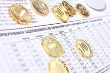 Free Ten Rouble Coins On The Newspaper Royalty Free Stock Image - 14532036