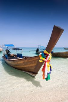 Free Boat At Pai Island Royalty Free Stock Images - 14532229