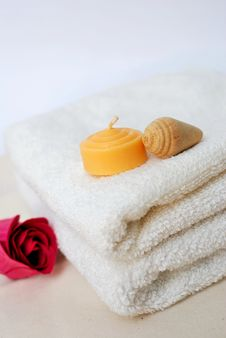 Simple Spa And Wellness Concept Royalty Free Stock Image