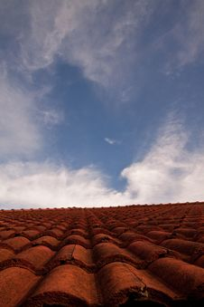 Free Red Roof And The Sky. Royalty Free Stock Images - 14539339