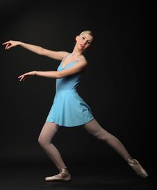 Free Dancing Ballerina Royalty Free Stock Photos - 14548648