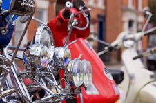Free Headlights Stock Images - 14550864