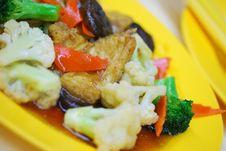 Free Chinese Style Mushrooms And Cauliflower Royalty Free Stock Photo - 14553915