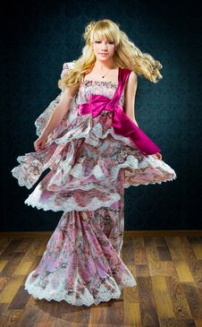 Free Perfect Blonde In A Pink Dress Royalty Free Stock Photography - 14554127