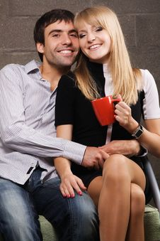 Free Young Cheerful Couple Stock Photography - 14554422