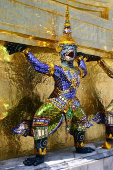 Statue In Grand Palace Royalty Free Stock Photo