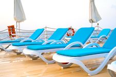 Free Pontoon With Chaise Lounges Royalty Free Stock Photography - 14558707