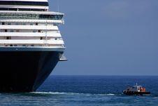 Free Luxury Cruise Royalty Free Stock Images - 14559059