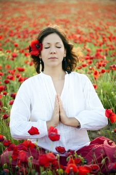 Free Woman Meditating Royalty Free Stock Photo - 14559805
