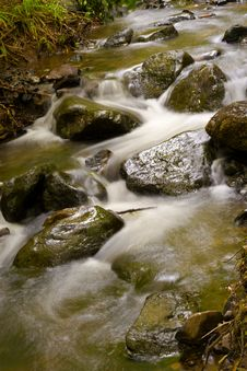 Free Mountain River Royalty Free Stock Images - 14560019